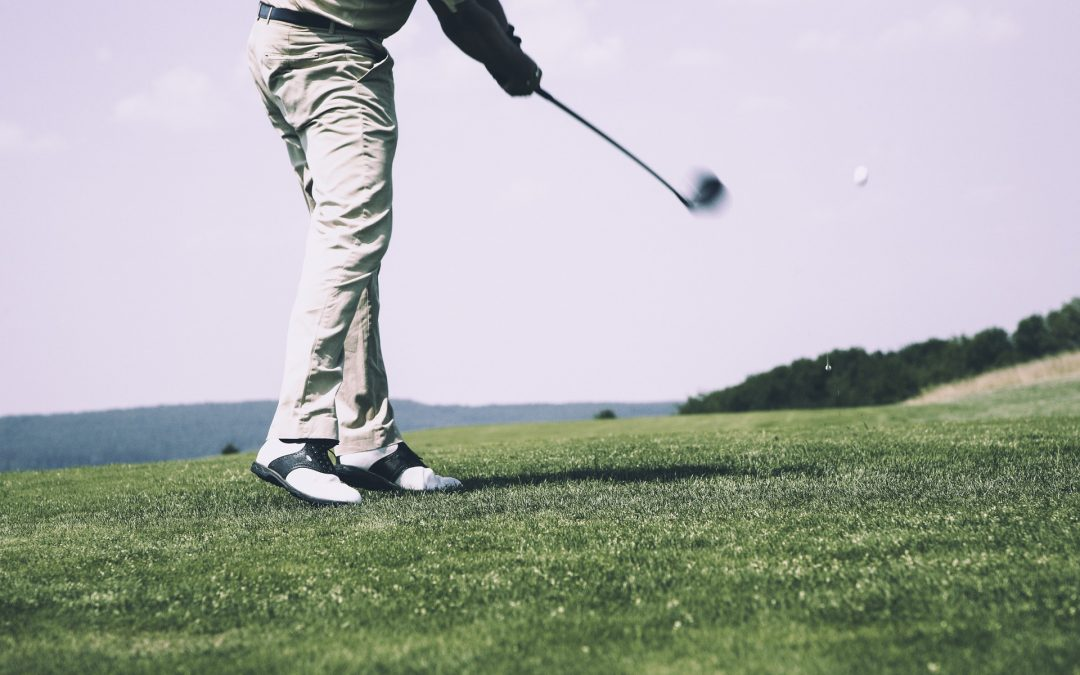 How To Swing A Golf Club As A Newcomer To The Sport